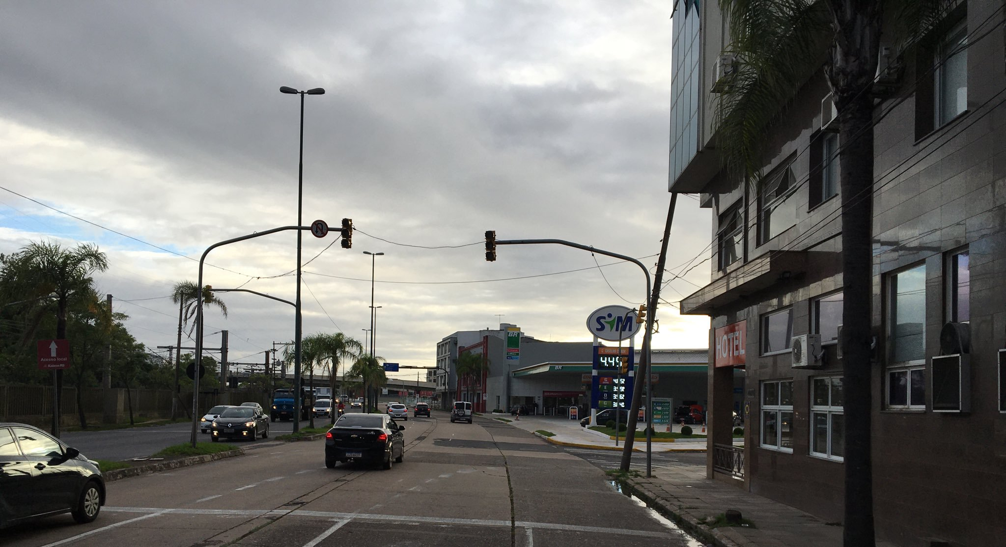 Semáforos na Avenida Farrapos