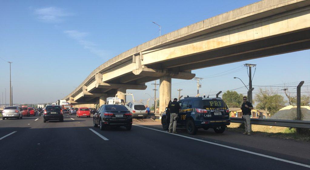 Carros na Freeway