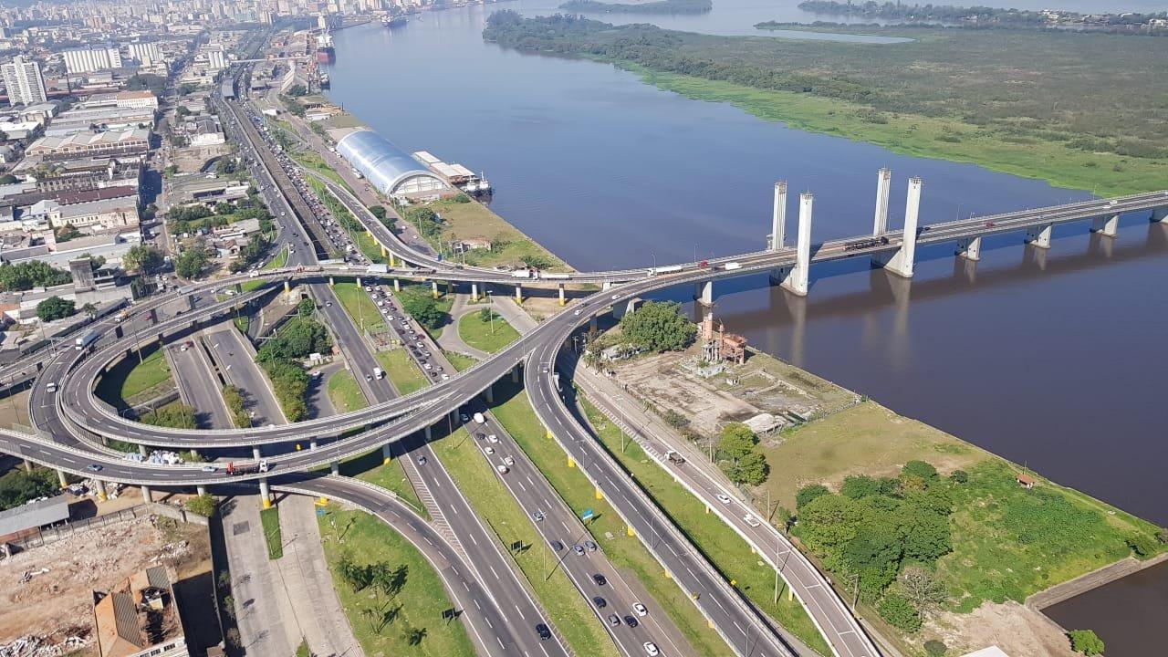 Vão móvel da Ponte do Guaíba
