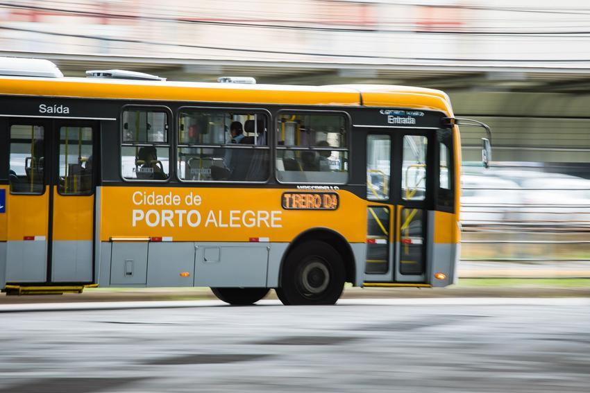 Ônibus 04 Porto Alegre